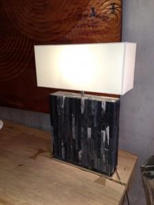 Lampe bois fossile 1